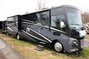 Winnebago Vista 35B